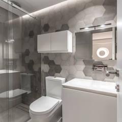 BAÑO: Baños de estilo  por Design Group Latinamerica