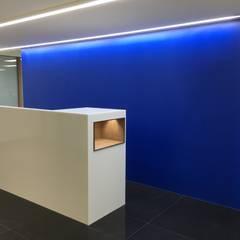 櫃台感應燈:  牆面 by houseda