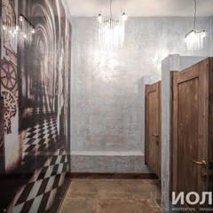 Интерьер женской туалетной комнаты: Бары и клубы в . Автор – Архитектурно-производственная группа ИОЛЛА