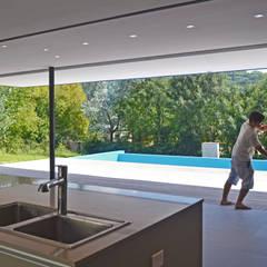 Casa Finca Cuyaya 2: Comedores de estilo  por Horizontal Arquitectos