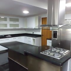 Built-in kitchens by AOG
