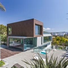 CASA SIENA: Casas de estilo minimalista de GUILLEM CARRERA arquitecte