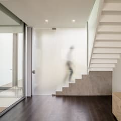 Study/office by GUILLEM CARRERA arquitecte