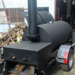 Ahumador de carne a leña El Capitan Trailer:  de estilo  por Smoke King Ahumadoras,Rústico Hierro/Acero
