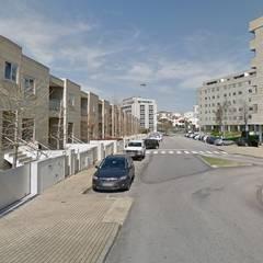 Prédio Exterior: Condomínios  por Clix Mais