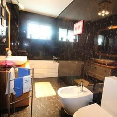 Casa de banho serviço (1): Casas de banho  por Clix Mais