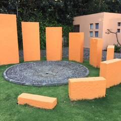 CASA DE CAMPO, H. ZITACUARO, MICHOACAN: Jardines de estilo  por ECLIPSE ARQUITECTOS SA de cv