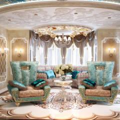 Комната с большим диваном в восточном стиле: Гостиная в . Автор – студия Design3F