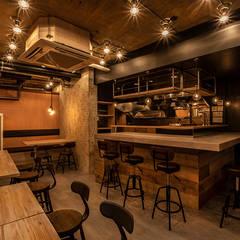 Ragazza Indomabile: 株式会社ウエムラデザインが手掛けたバー & クラブです。
