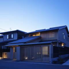 京都市T邸: 空間工房 用舎行蔵 一級建築士事務所が手掛けた木造住宅です。