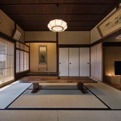 غرفة الميديا تنفيذ 空間工房 用舎行蔵 一級建築士事務所