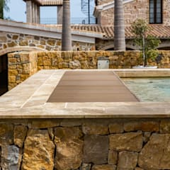 rustic Pool by Cerámica Mayor