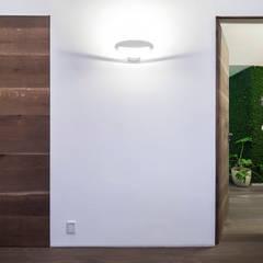 Türen:  Tür von Mannsperger Möbel + Raumdesign
