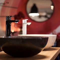 Marble wash basins - Round marble sinks: minimalistic Study/office by Lux4home™ Indonesia