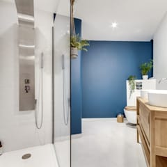 industrial Bathroom by Ma