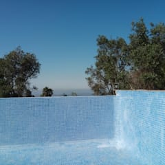 Infinity pool von Arkhimacchietta Atelier