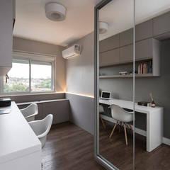 ห้องทำงาน/อ่านหนังสือ by Rabisco Arquitetura