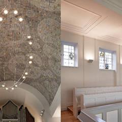 Innenräume Kirche:  Fenster von elbsand architekten