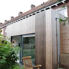 Uitbreiding woning Breda:  Eetkamer door Bolier Ontwerp & Bouwregie