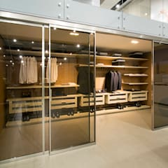 Sliding doors by Studio Cicconi