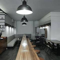 Cafe Design - Interior Architecture:  Gastronomie von MM STUDIO - INTERIORS BERLIN
