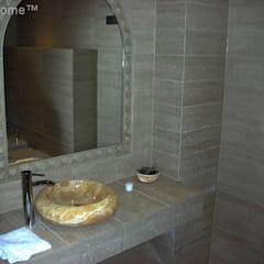 Yellow onyx wash basin - vessel onyx sinks - vanity onyx sinks: tropical Bathroom by Lux4home™ Indonesia