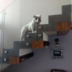 : Escaleras de estilo  por Estudio Chipotle