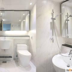 화이트 우드 인테리어의 새로운 시선 32평 부천아파트: 이즈홈의  욕실,미니멀