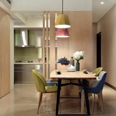 浪漫滿屋:  餐廳 by 星葉室內裝修有限公司