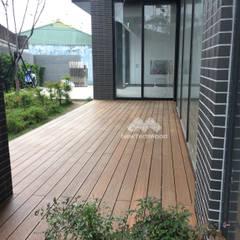 Mercedes-Benz中華賓士北台中展示中心 塑木地板:  地板 by 新綠境實業有限公司