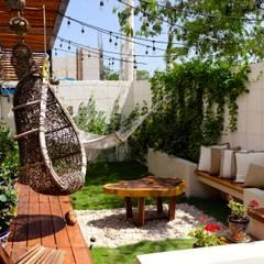 Tropical style balcony, porch & terrace by Taller Veinte Tropical