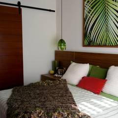 Habitación Visitas: Recámaras de estilo  por Taller Veinte