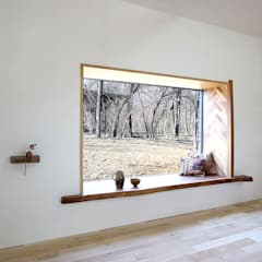 Wooden windows by NASU CLUB, Rustic Wood Wood effect