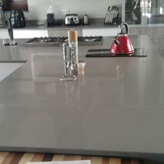George Petersen  :  Built-in kitchens by Gramatile cc / GMT Granite