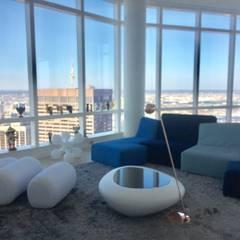 Grand Residence: Salas de estilo  por Studio ARI