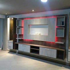 Media room by MARSHEL DUART SRL