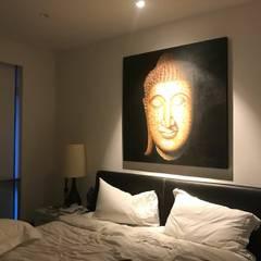 Scandinavian Luxury: scandinavian Bedroom by Singapore Carpentry