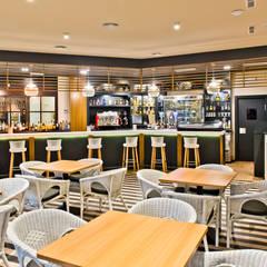 Bars & clubs by SENZA ESPACIOS