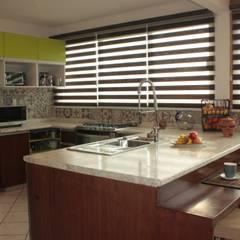 Cocina S: Cocinas de estilo moderno por emARTquitectura