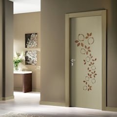 GEMMA DOOR: Porte interne in stile  di Studio Maiden