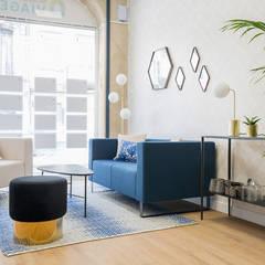 Agence Immobilière BORDEAUX Fondaudège: Bureau de style  par Julie Chatelain