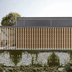 Pasillo: Casas de campo de estilo  por C_arquitectos