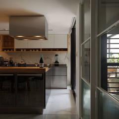 林口葉宅:  廚房 by 直方設計有限公司