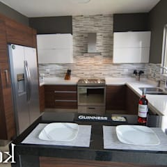 Kitchen by Cocinas KOOK,