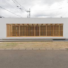 『縁側の家』: インデコード design officeが手掛けた一戸建て住宅です。