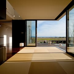 k house: Takeru Shoji Architects.Co.,Ltdが手掛けた和室です。