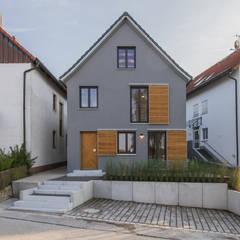 บ้านและที่อยู่อาศัย by Fiedler + Partner