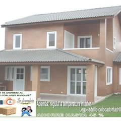 LA BELLEZA, ECONOMIA  Y  SOLIDEZ DEL  LADRILLO-LEGO DE OBRA LIMPIA: Casas prefabricadas de estilo  por MIKASALISTA CA, Moderno Ladrillos