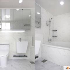 헤링본 마루가 매력적인 44평 송도아파트  : 이즈홈의  욕실,미니멀