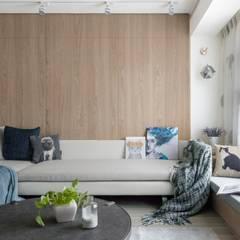 Bedroom by 芮晟設計事務所